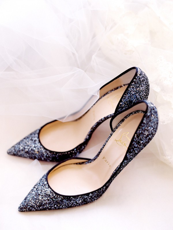 pointy-heels-idea-for-the-bride.jpg