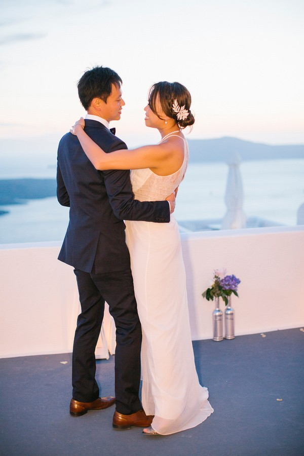 kamares-apartments-santorini-greece-wedding-32.jpg