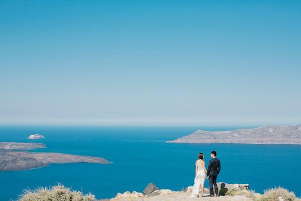 kamares-apartments-santorini-greece-wedding-33.jpg