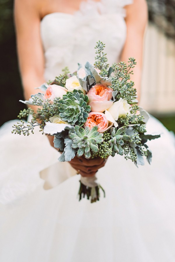 unique bridal bouquet