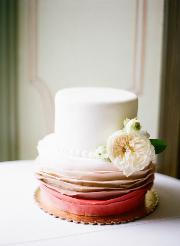 Two Tier Wedding Cake Ideas Trendy Bride Fine Art Wedding Blog