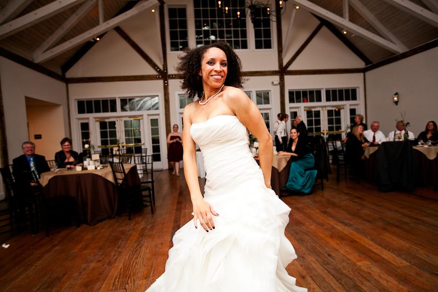 Ashley + Kyle Lancaster Pennsylvania Real Wedding — Trendy Bride ...