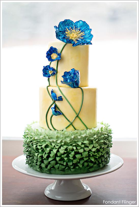 blue_poppy_flower_cake_1.jpg