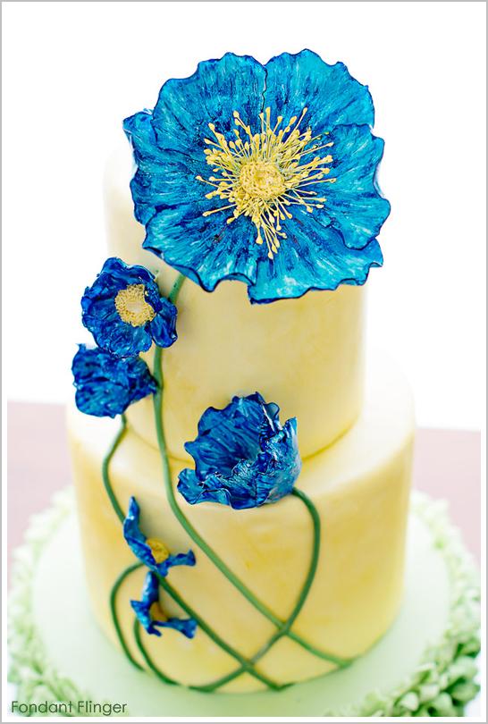 blue_poppy_flower_cake_2.jpg