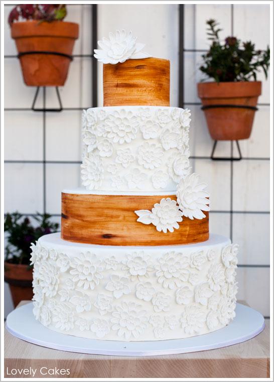 rustic_wedding_cake.jpg