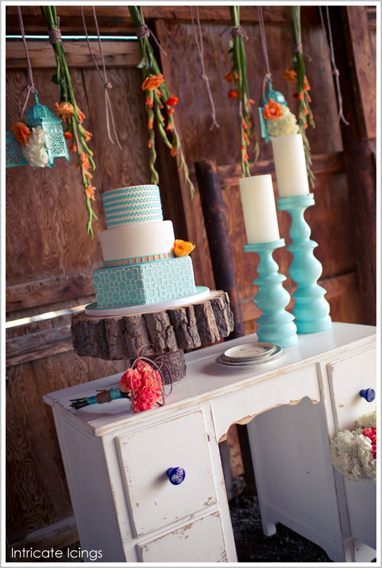 tangerine_turquoise_chev_wedding-cake.jpg