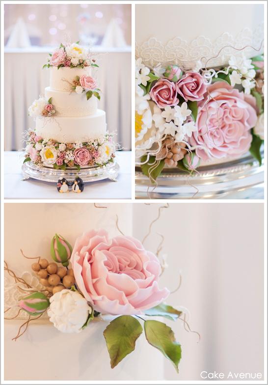 wedding-cake-with-sugar-flowers.jpg