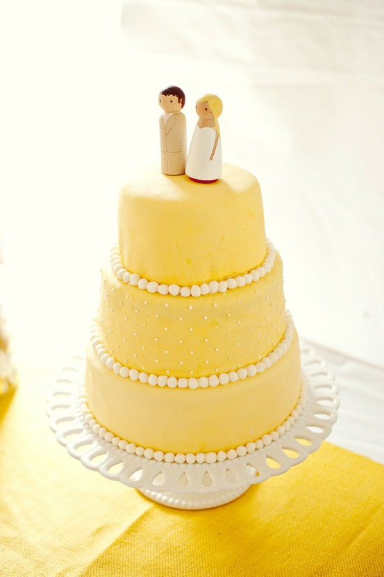 yellow-wedding-cake-3.jpg