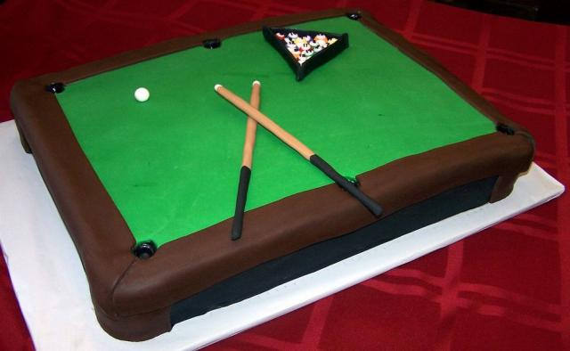Pool-table-groom_s-cake.jpg