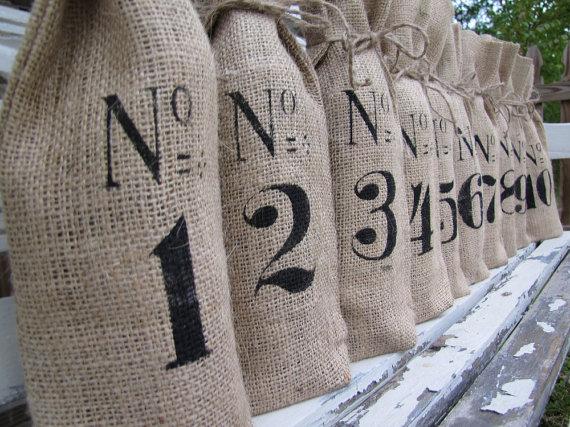numbered-burlap-wine-bags.jpg