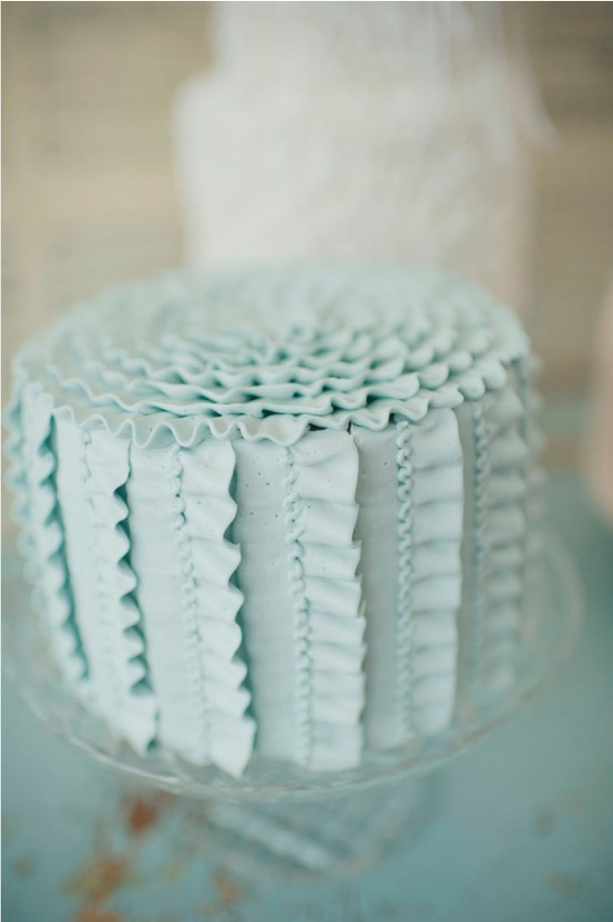 baby-blue-ribbon-wedding-cake.jpg