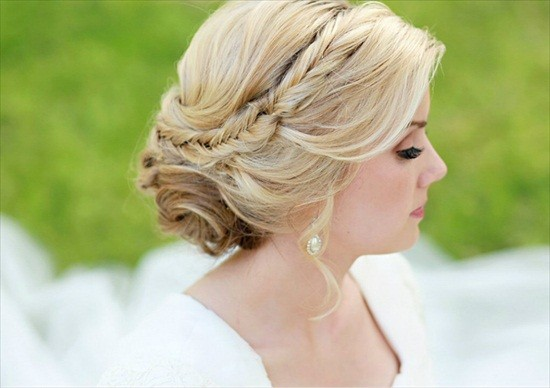 gorgeous-side-updo-braid-hairstyle.jpg