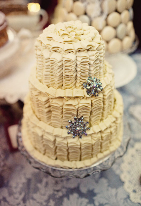 ruffle-wedding-cake.jpg