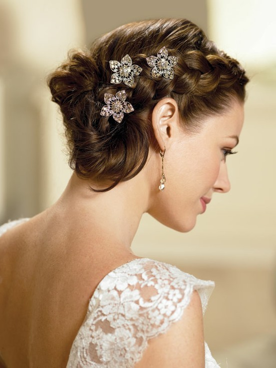 wedding-braid-style-with-three-hair-pins.jpg