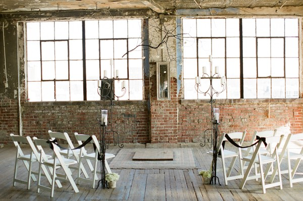 Black-Modern-Missouri-Styled-Wedding-Shoot-7