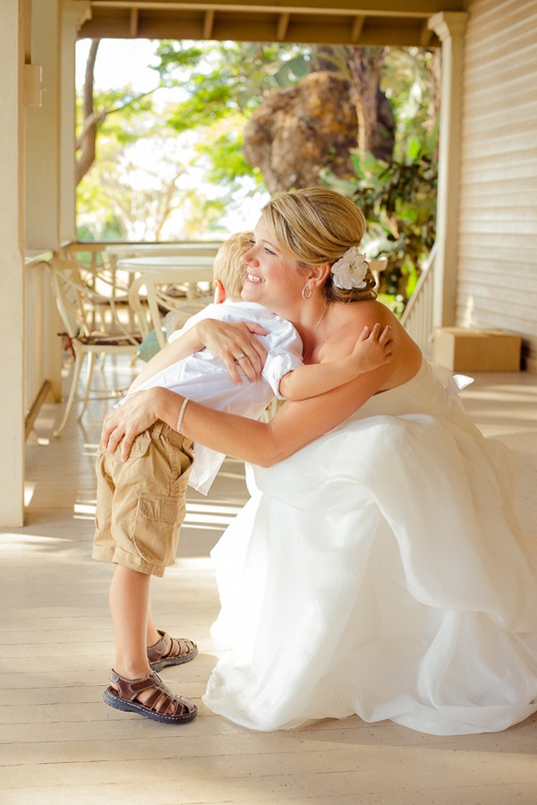 Diy-Lahaina-Hawaii-Destination-Real-Wedding-12