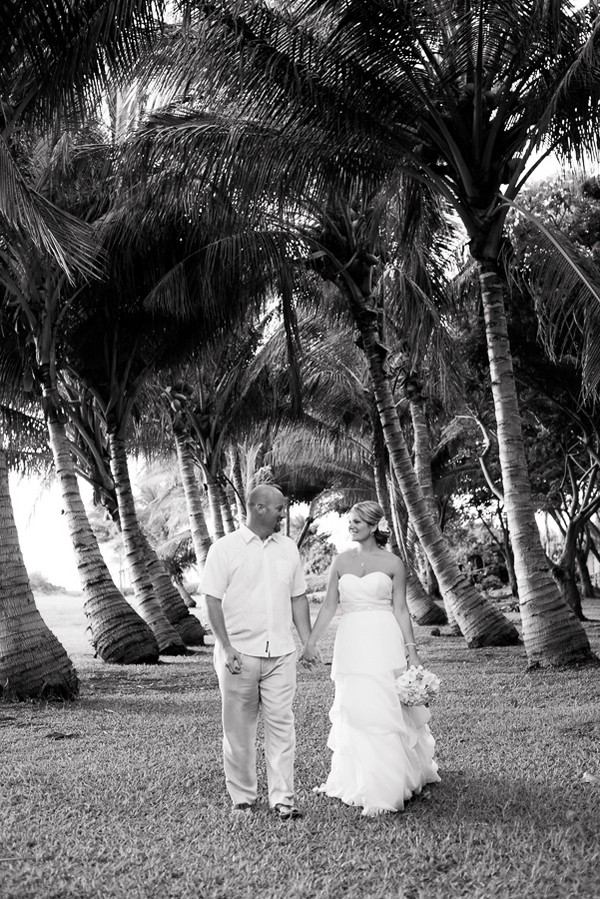 Diy-Lahaina-Hawaii-Destination-Real-Wedding-25