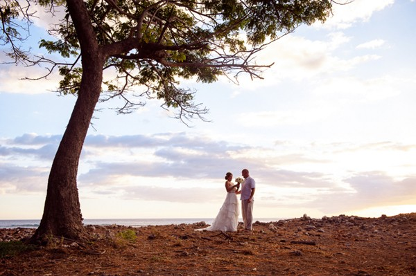 Diy-Lahaina-Hawaii-Destination-Real-Wedding-27