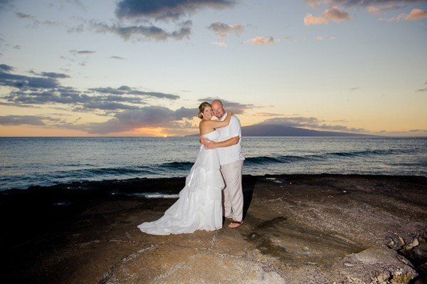 Diy-Lahaina-Hawaii-Destination-Real-Wedding-30