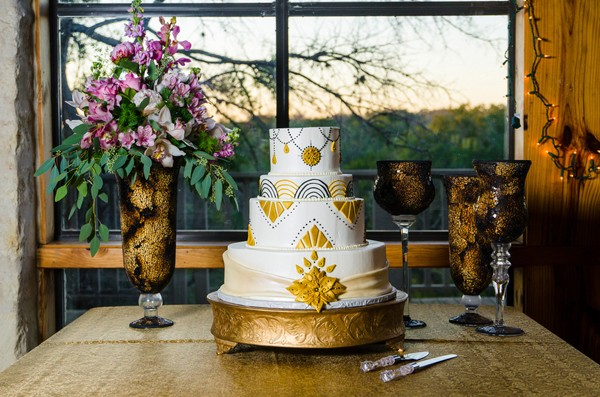 gatsby-marble-falls-texas-real-wedding-styled-shoot-11