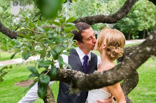 modern-colorful-austin-texas-real-wedding-15