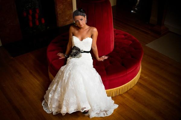 pittsburgh-pennysylvania-black-and-white-real-wedding-11