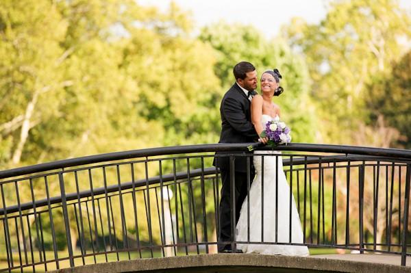 pittsburgh-pennysylvania-black-and-white-real-wedding-19