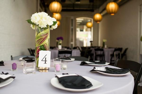 pittsburgh-pennysylvania-black-and-white-real-wedding-24