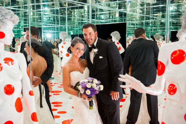 pittsburgh-pennysylvania-black-and-white-real-wedding-31