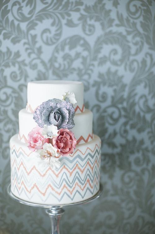 the-caketress-wedding-cake.jpg
