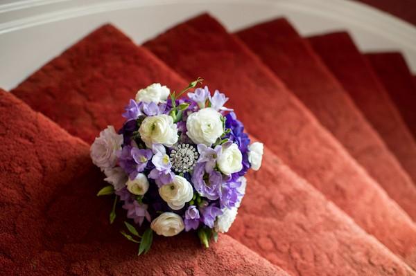 pittsburgh-pennysylvania-black-and-white-real-wedding-6