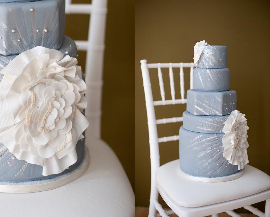 turqioise-wedding-cake.jpg