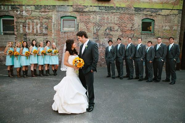 summer-sunflower-missoula-montana-real-wedding-10