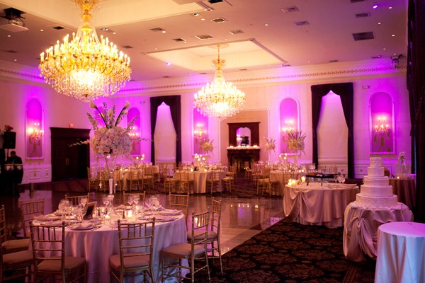 the-estate-at-florentine-gardens-river-vale-new-jersey-real-wedding-18