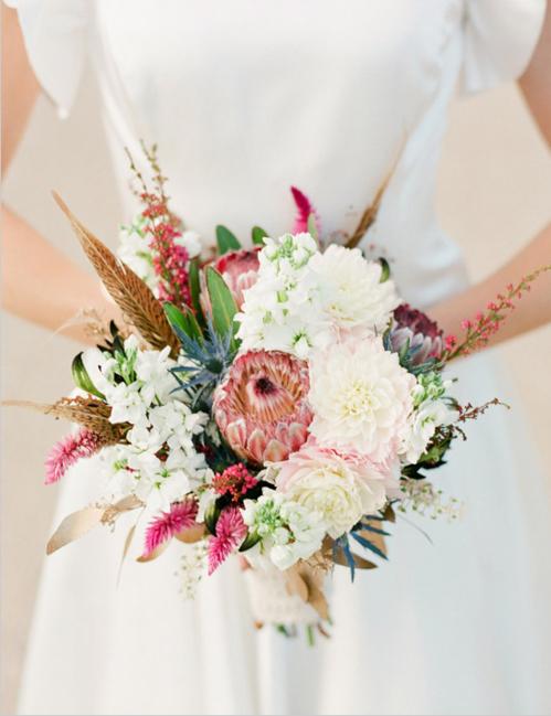 exotic-rustic-fall-wedding-bouquet-trendy-bride-5.jpg