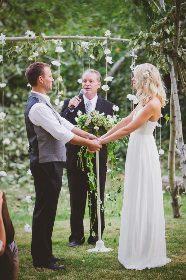washington-vintage-jcrew-white-diy-real-wedding-4