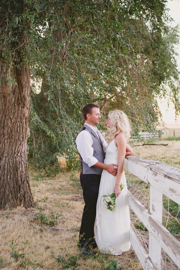 washington-vintage-jcrew-white-diy-real-wedding-7
