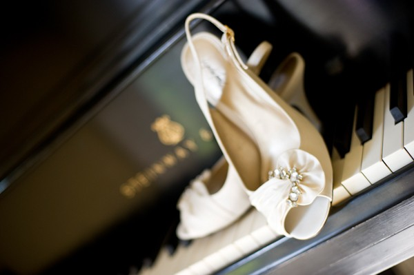 white-wedding-shoes