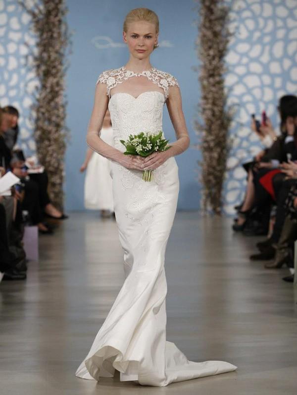 lace sleeve wedding dresses