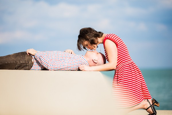 bright-spring-lakefront-millennium-station-chicago-engagement-photos-4