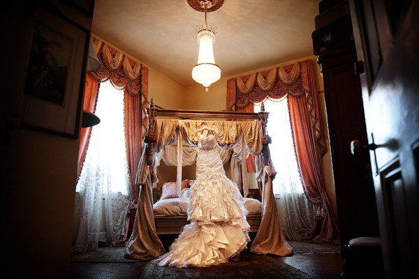 jefferson-street-mansion-benicia-california-real-weddings-6