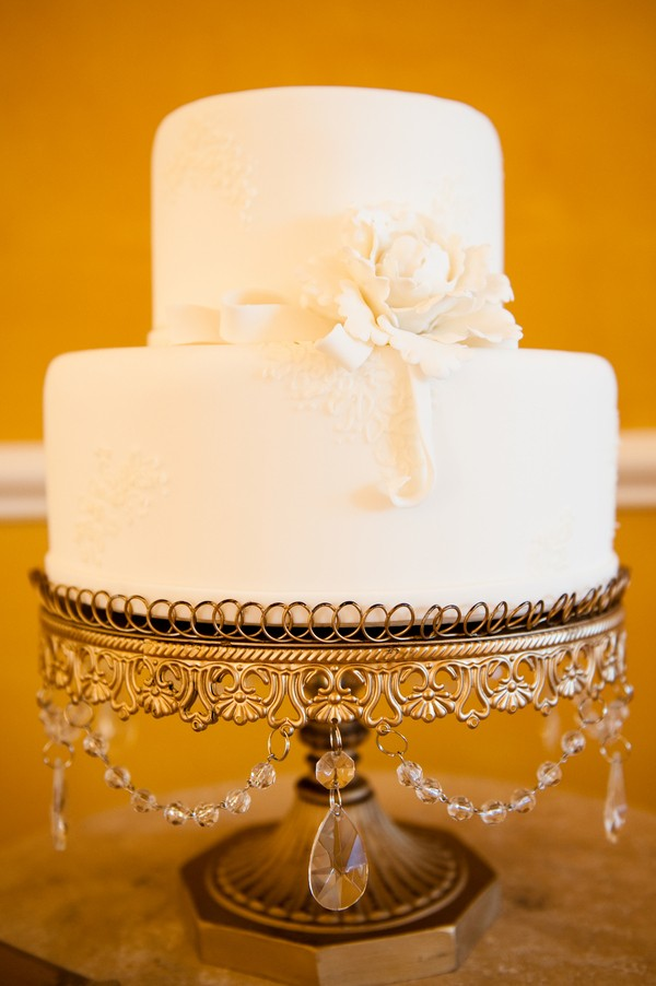 modern lace inspired wedding cake