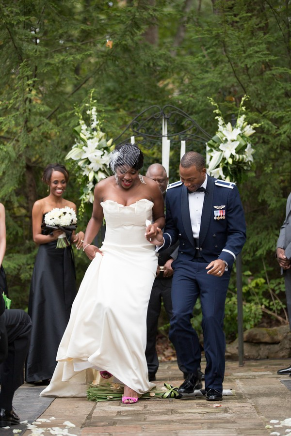 military-the-grandview-lockout-mountain-georgia-real-weddings-18
