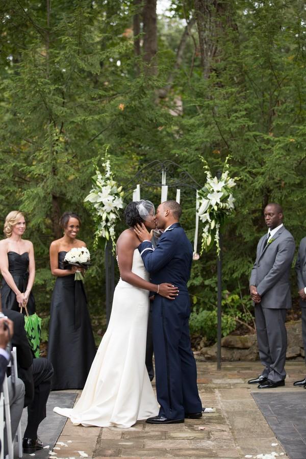 military-the-grandview-lockout-mountain-georgia-real-weddings-19