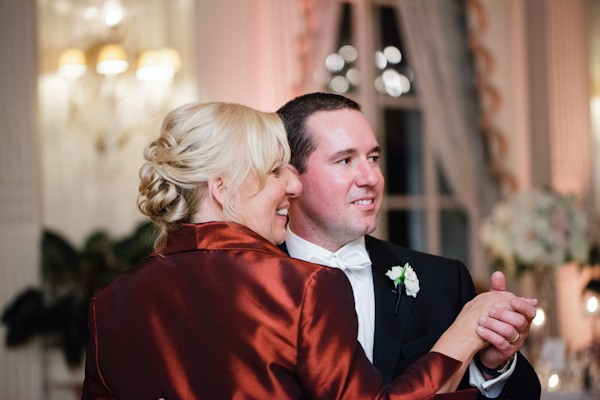 rosecliff-mansion-newport-rhode-island-real-weddings-27