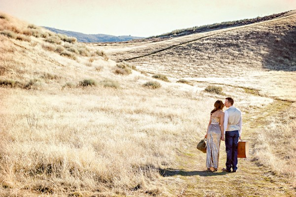 the-journey-suitcases-california-styled-engagement-session-10
