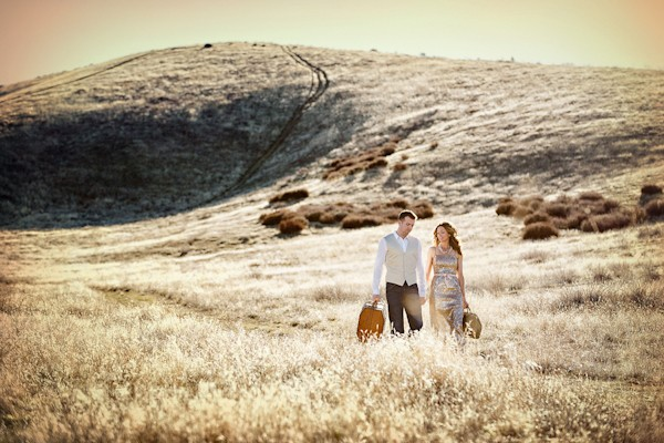 the-journey-suitcases-california-styled-engagement-session-11