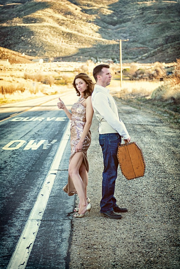 the-journey-suitcases-california-styled-engagement-session-15