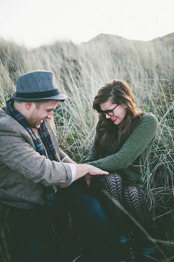 unique-rustic-florance-oregon-engagement-photo-ideas-15