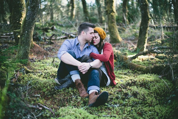 unique-rustic-florance-oregon-engagement-photo-ideas-6